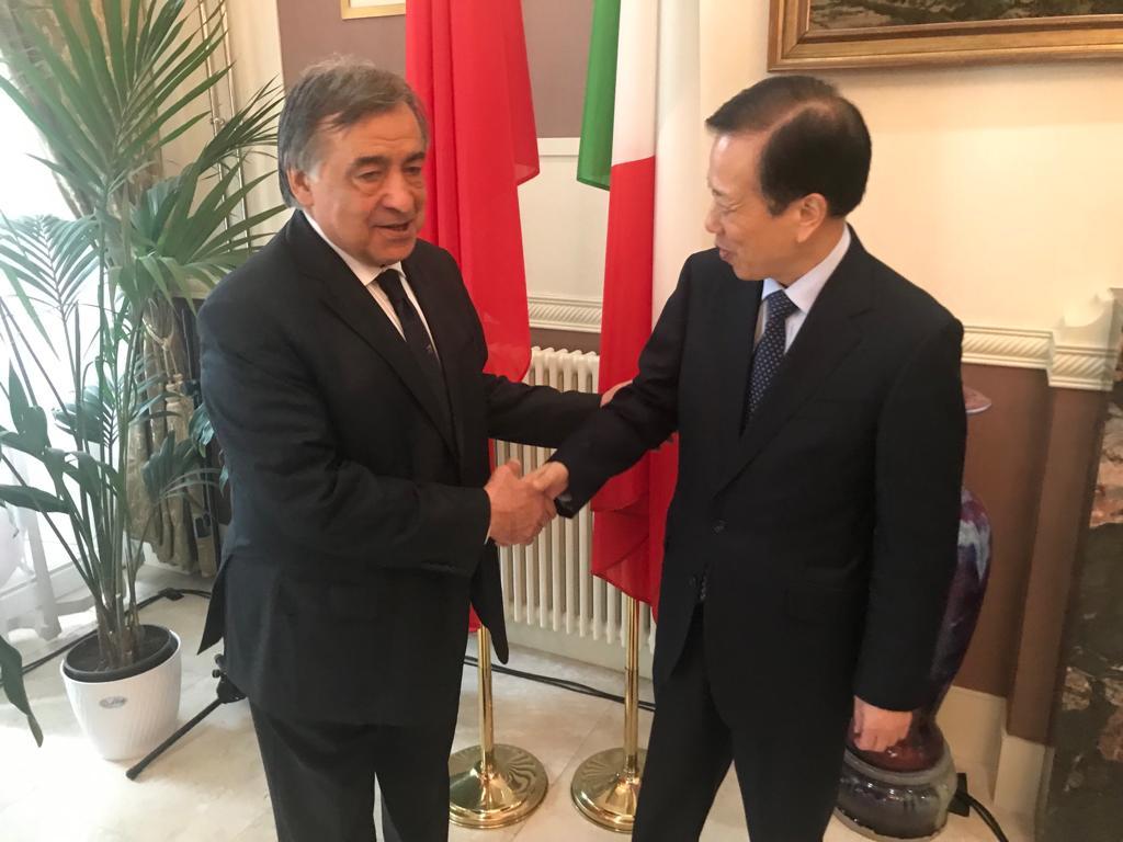 Il sindaco Leoluca Orlando è stato ricevuto a Roma dall'ambasciatore della Repubblica Popolare Cinese, S.E. Li Ruiyu